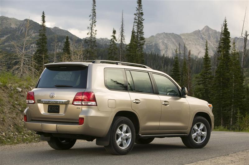 2010 Toyota Land Cruiser Image