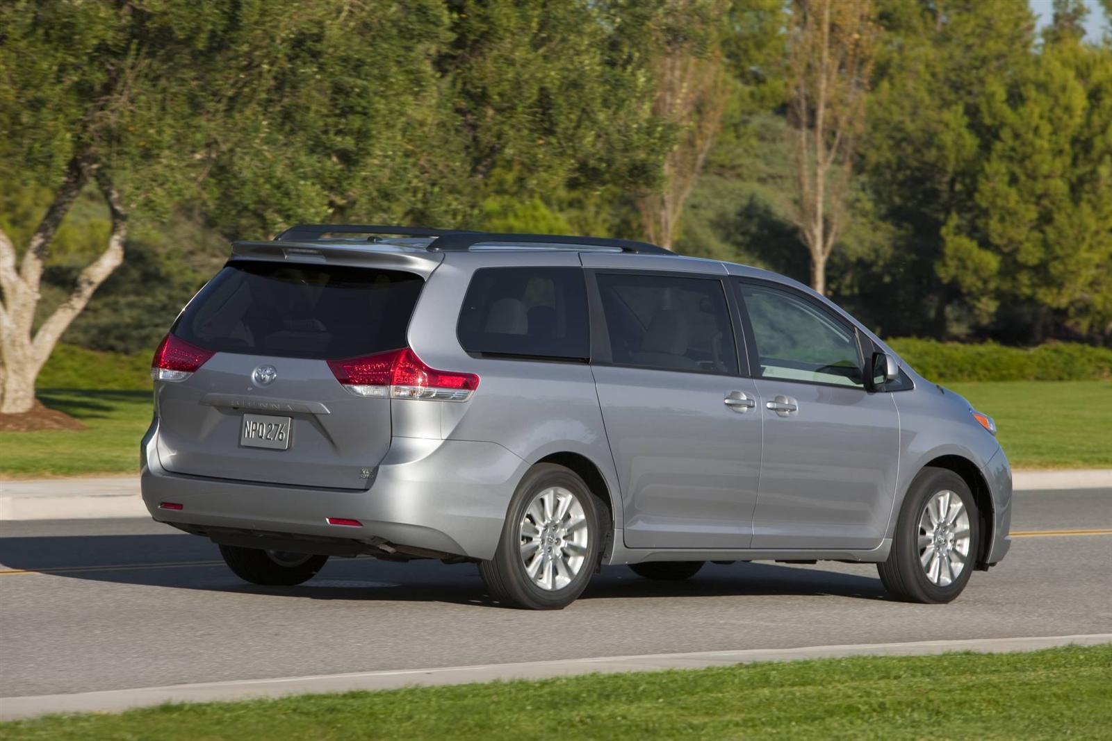 Car Battery For Toyota Sienna  Minivan