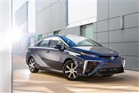 2016 Toyota Mirai image.