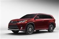 2017 Toyota Highlander image.