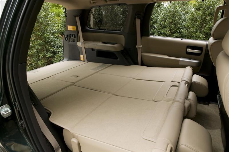 2009 Toyota Sequoia Image