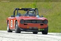 1970 Triumph TR6 image.