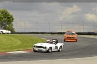 1972 Triumph TR6 image.
