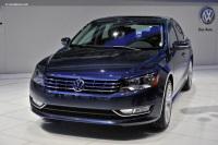 2012 Volkswagen Passat image.