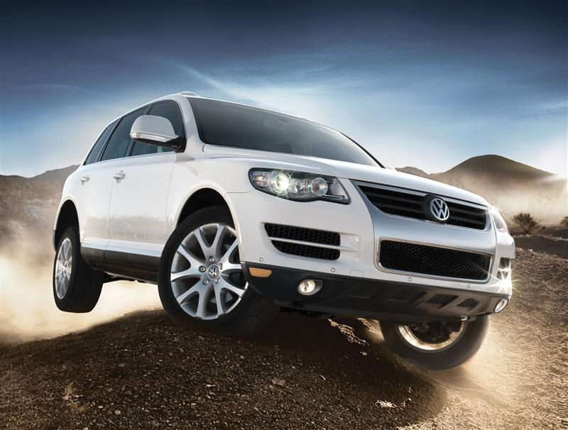 2010 volkswagen touareg image. Black Bedroom Furniture Sets. Home Design Ideas