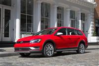 2017 Volkswagen Golf Alltrack image.