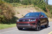 2017 Volkswagen Touareg image.
