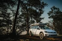 2017 Volkswagen Golf Alltrack Country Concept image.