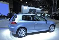 2010 Volkswagen Golf image.