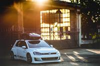 2017 Volkswagen Golf GTI RS Concept image.