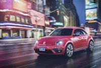 2017 Volkswagen PinkBeetle Edition image.