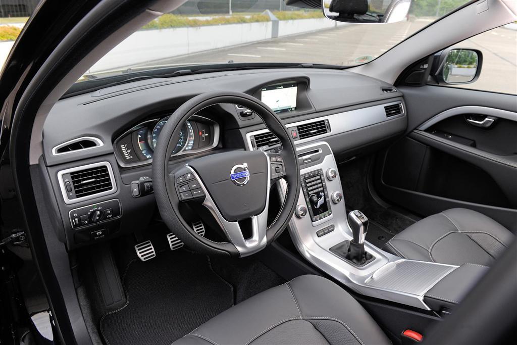 Honda Accord Sport Leather Seats 2015 Volvo XC70 - conceptcarz.com