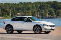 Volvo S60 Cross Country image.