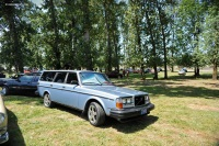 1982 Volvo 240 Series image.
