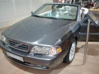 2003 Volvo C70 image.