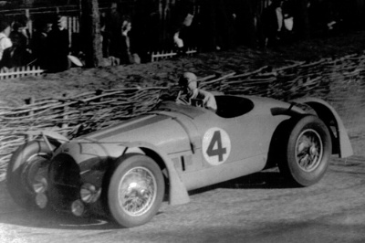 1949-24-Hours-of-Le-Mans-Simon-Captures-the-Imagination