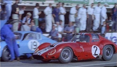 1963 24 Hours of Le Mans: Cut but Still Fighting