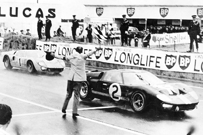 1966 24 Hours of Le Mans: Bewildered Bruce