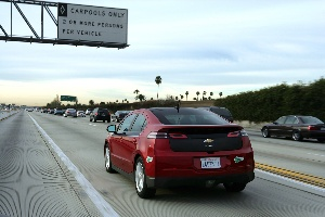 2012 Chevrolet Volt Cleared for California's Carpool Lanes