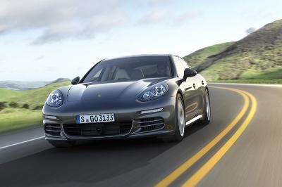 Porsche Debuts Plug-In Panamera At Auto Shanghai