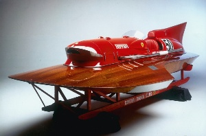 RM-Auctions-Offers-Ferrari-Powered-Hydroplane,-ARNO-XI,-in-Monaco
