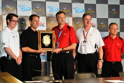Chevy-Indycar-Engine-Offers-Promise-For-passenger-Cars