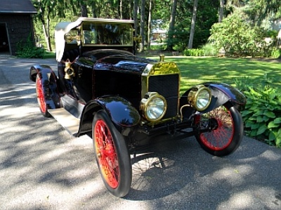 Classic-Motorcar-Holds-Grande-Salon-Auction-During-Glenmoor-Gathering