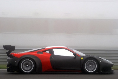 The-458-GT3-tests-the-latest-2013-updates-at-Adria