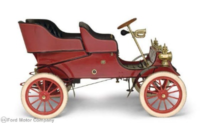Worlds-Oldest-Ford-Vehicle-Returns-Home-To-Kick-Off-Henry-Ford-150TH-Celebration-in-2013