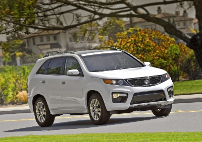 NEW CAR BUYERS RANK THE KIA SORENTO AND SPORTAGE AS THE BEST VALUE IN THEIR SEGMENTS