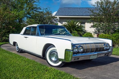 Lyndon-B-Johnsons-Lincoln-Continental-to-be-Auctioned-in-Dallas