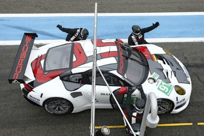 WORLD ENDURANCE CHAMPIONSHIP, ROUND 1 IN SILVERSTONE, GREAT BRITAIN; RACE DEBUT OF THE NEW PORSCHE 911 RSR