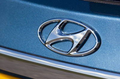 HYUNDAI FORGES AHEAD IN Q1 SALES