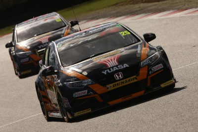 Shedden Leads The Way As Neal Eyes Home Advantage