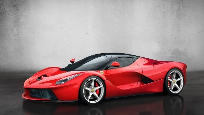 LaFerrari receives design award from AutoScout24