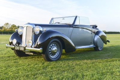 140 CARS GO UNDER THE HAMMER AT COYS BLENHEIM PALACE AUCTION