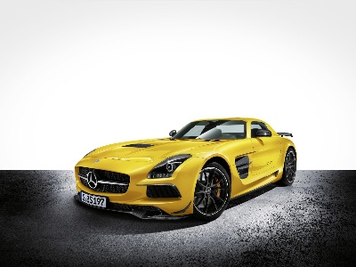 THE NEW 2014 MERCEDES-BENZ SLS AMG BLACK SERIES: EXTREME PERFORMANCE FOR THE ROAD