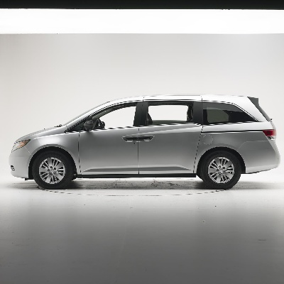 2014 HONDA ODYSSEY REMAINS THE ONLY MINIVAN TO ACHIEVE TOP RATING OF GOOD IN IIHS SMALL OVERLAP FRONTAL TEST