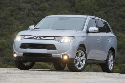 All-New 2014 Mitsubishi Outlander Soars to New Heights with Discovery Channel's SKYWIRE LIVE With Nik Wallenda Sweepstakes