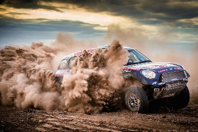 IMPRESSIVE RECORD AFTER THE FIRST PART OF THE 2015 DAKAR RALLY: MINI ALL4 RACING WINS SEVEN OF EIGHT STAGES