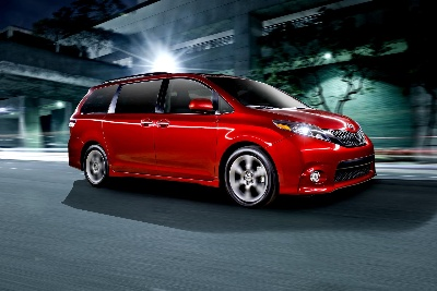 Toyota Announces Pricing for New 2015 Sienna Minivan