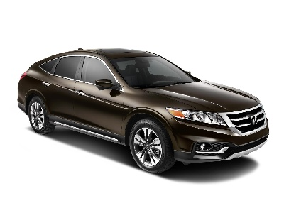 2015 HONDA CROSSTOUR REMAINS THE SMART CHOICE IN PREMIUM MID-SIZE CROSSOVER SEGMENT