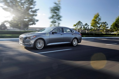 2016 HYUNDAI GENESIS ADDS TO EXCEPTIONAL VALUE EQUATION WITH STANDARD PREMIUM LIGHTING APPEAL