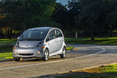 2016 MITSUBISHI I-MIEV ARRIVES AT DEALERS IN MARCH