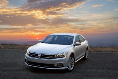 VOLKSWAGEN ANNOUNCES PRICING FOR THE NEW 2016 PASSAT