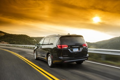 All-New 2017 Chrysler Pacifica Earns Altair Enlighten Award For Achievements In Weight Reduction