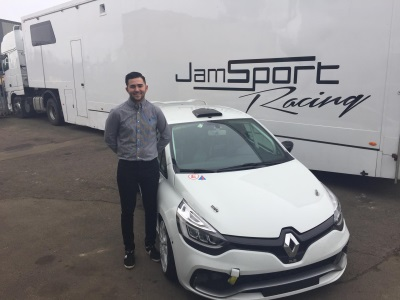 Aaron Thompson Signs With Title Holder Jamsport For 2017 Renault UK Clio Cup