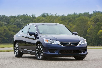50-MPG HONDA ACCORD HYBRID NAMED TO KBB.COM'S 10 BEST GREEN CARS LIST FOR SECOND YEAR IN A ROW