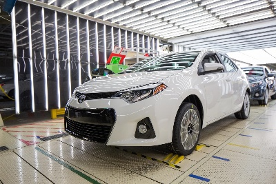 500,000th Corolla Speeds Off the Line at Toyota Mississippi
