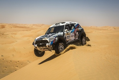 ABU DHABI DESERT CHALLENGE: VASILYEV VICTORIOUS IN MINI ALL4 RACING // FOUR MINIS IN THE TOP TEN